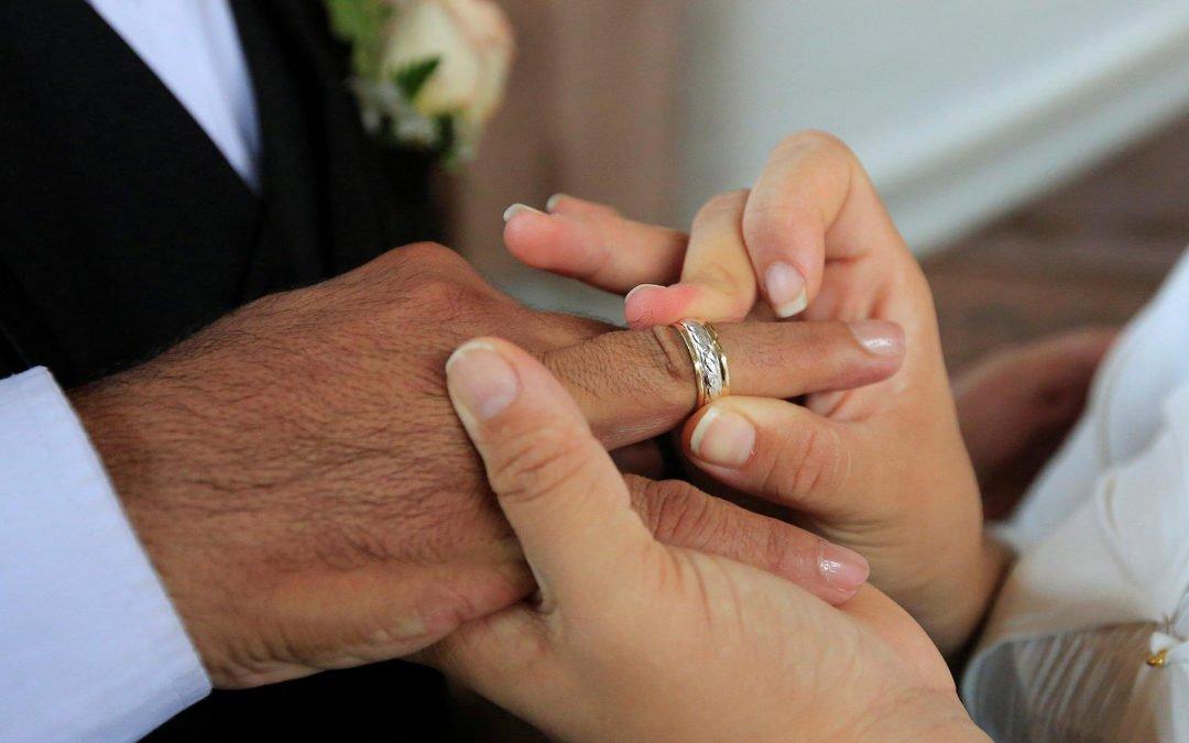 زواج الاجانب في مصر والاوراق المطلوبة -المحاميه / هيام جمعه سالم 01061680444